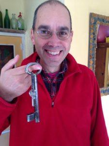 Antigua llave de la casa cueva