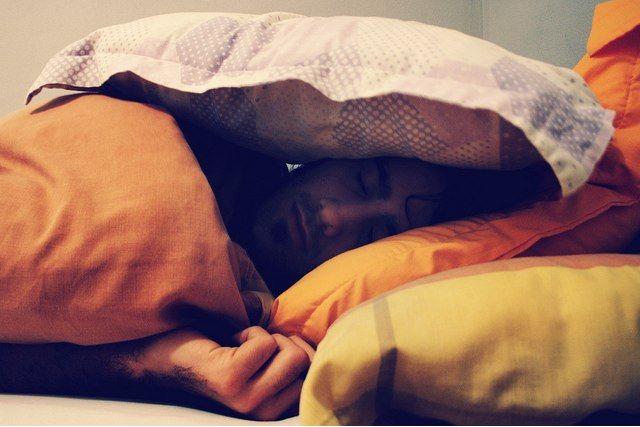 Enfermedad entre almohadas