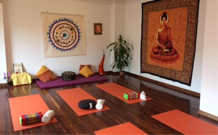 Sala de yoga en el Centro InterSer Palencia