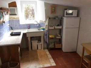 Cocina casa cueva la luz en Palencia
